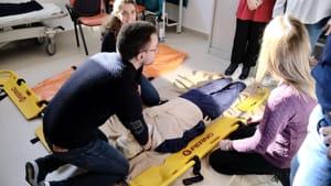 manovre salvavita defibrillatore rianimazione-2