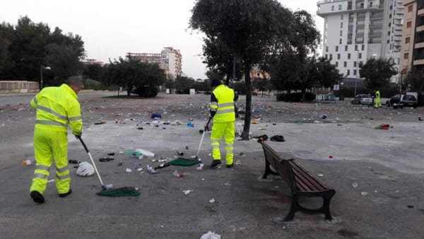 rifiuti piazzale lorusso (10)-2