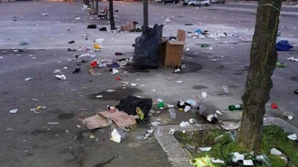 rifiuti piazzale lorusso (4)-2