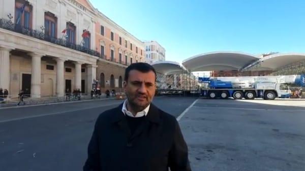 """Oltre 50mila per Papa Francesco, il palco in centro è quasi pronto. Decaro: """"Sarà giornata di festa"""""""
