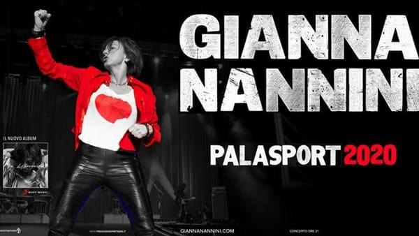 Gianna Nannini in concerto sul palco del Palaflorio di Bari