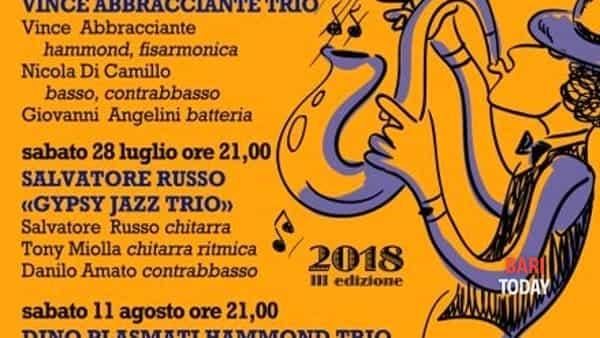 """salvatore  russo """" gypsy jazz trio """" in concerto per la rassegna  """"masseria orlandi  in jazz""""ii edizione  a turi -3"""