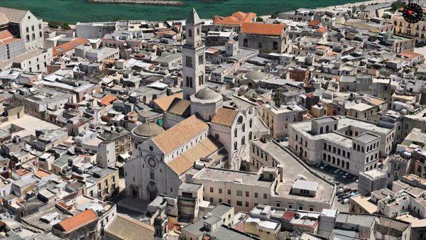 Percorso di Pace e Fratellanza visitando gli Altari della Reposizione nelle antiche chiese di Bari Vecchia