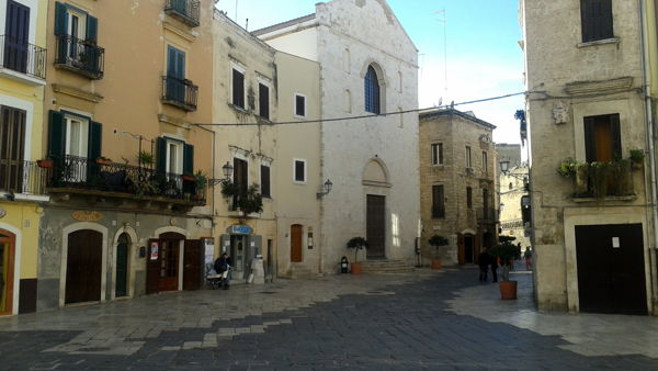 Visita guidata a Bari vecchia con itinerario del Vino ed antiche cantine