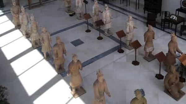 I Guerrieri di Terracotta del Grande Imperatore cinese Qin per la prima volta in Puglia