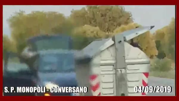 VIDEO | Da fuori città per gettare i rifiuti a Monopoli: scoperti e bacchettati dal sindaco Annese