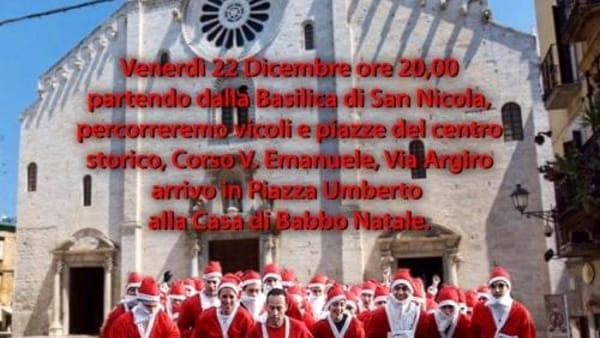 A Bari la corsa aperta a tutti in costume da Babbo Natale