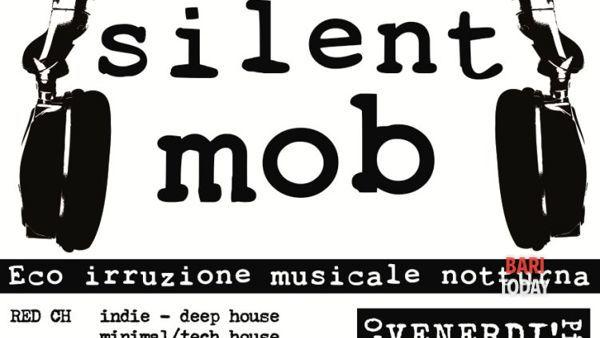 Silent Mob - Eco irruzione musicale notturna