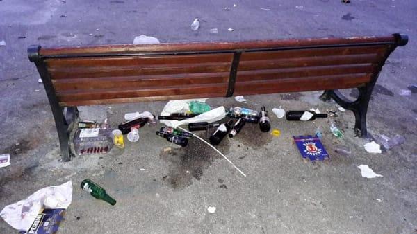 rifiuti piazzale lorusso (8)-2