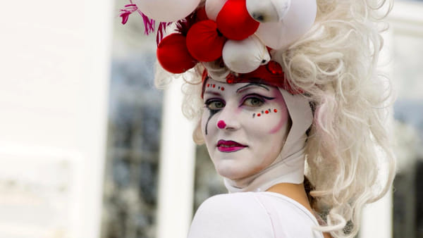 Al lido Ilmaredentro arriva il Circo Bianco