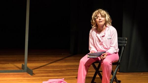 """Al Teatro van Westerhout  """"La moglie di nessuno"""", la storia di Joyce Salvadori Lussu l'eroina dell'antifascismo"""
