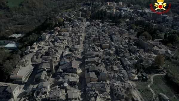 La distruzione ad Amatrice - Foto da Today.it