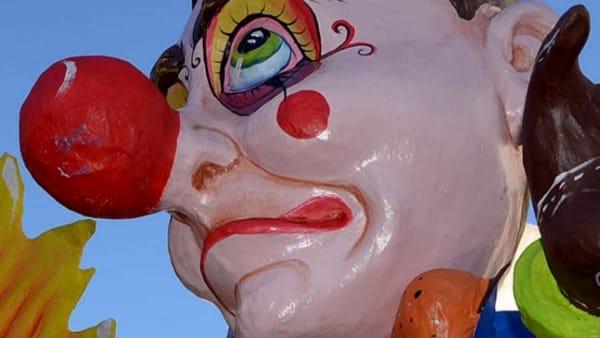 """""""Carnevale Polignanese 2020"""", maschere, coriandoli, luci e colori per un'atmosfera unica di festa"""