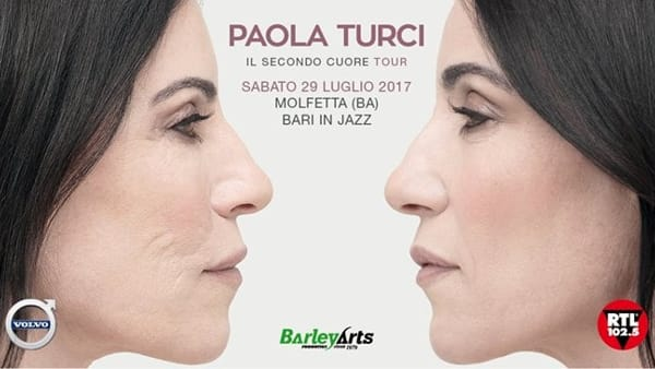 Paola Turci Live all'Outlet Village di Molfetta