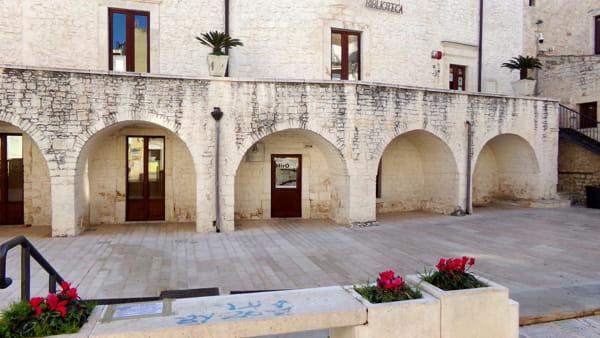 Le opere di Joan Mirò protagoniste a palazzo Monacelle di Casamassima