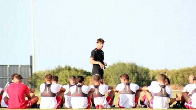 Diario da bordo campo (27.09.21) Mignani-discorso-allenamento-bari-2