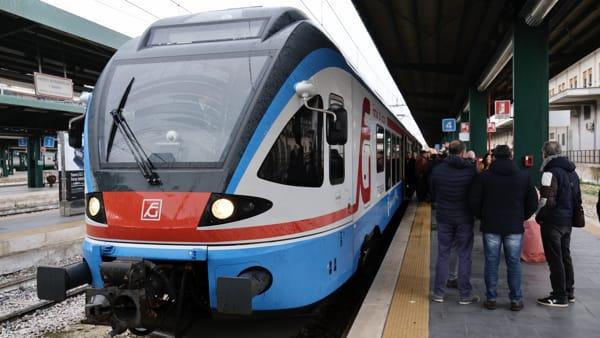 """Bari hub per i pendolari pugliesi, ora """"si prende"""" anche il Gargano: buona la prima 'sperimentale' del nuovo treno"""