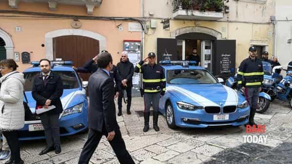 La Polizia di Stato compie 167 anni: cerimonia in piazza ...