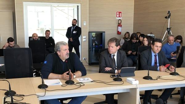 """Emiliano: """"La vita deve andare avanti, Puglia no focolaio pericoloso"""". Montanaro: """"Piano per una pandemia per essere pronti"""""""