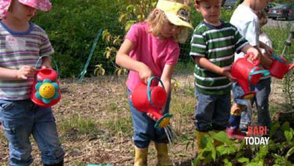 Laboratorio di giardinaggio per bambini: ex caserma liberata dai piccoli