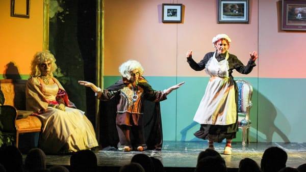 """Il gruppo teatrale """"La compagnia degli amici"""" in scena a Modugno con """"Buongiorno alla casa"""""""