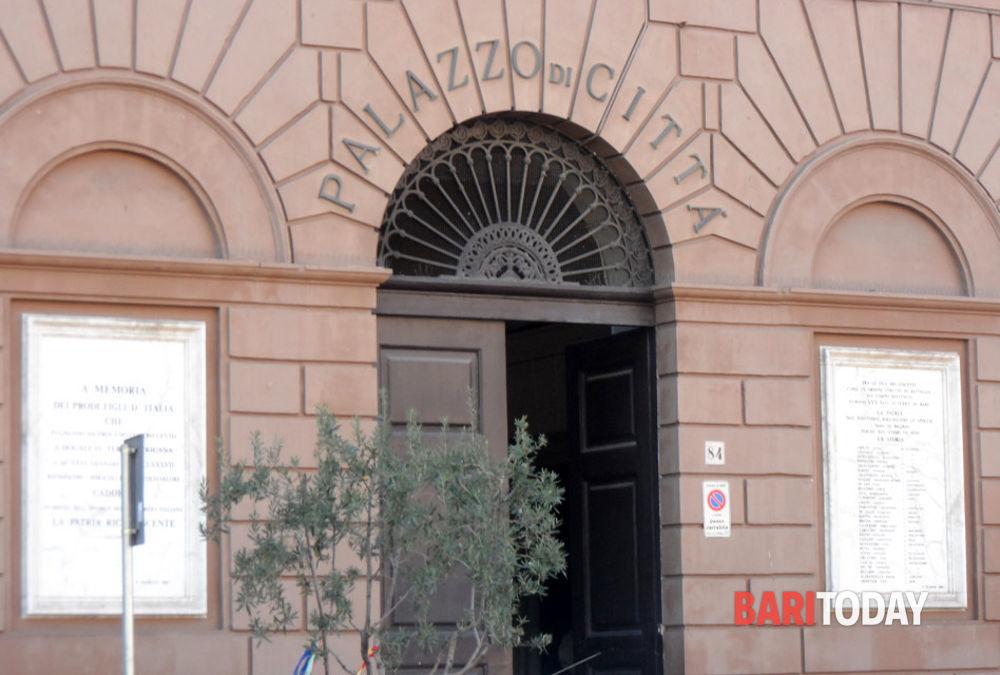 """Bari, approvato il Bilancio comunale 2020: """"Covid ha causato perdita di 20 milioni di euro rispetto al 2019"""""""