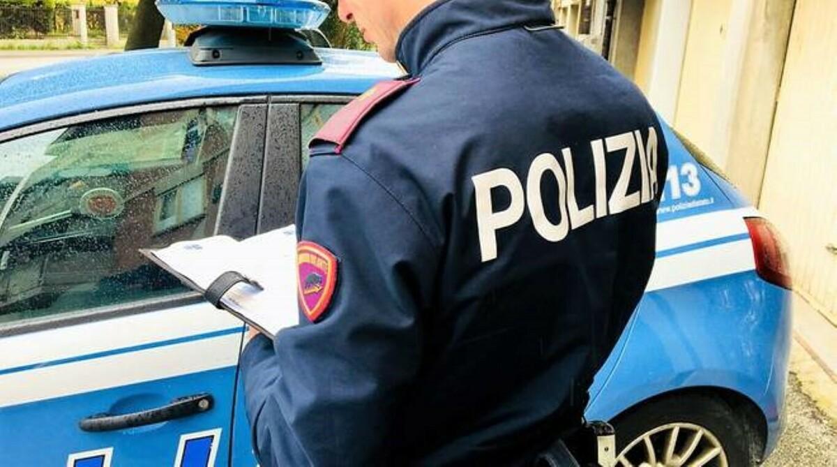 Espulsa dall'Italia fino al 2027, scoperta a Bari durante una lite al Libertà: arrestata