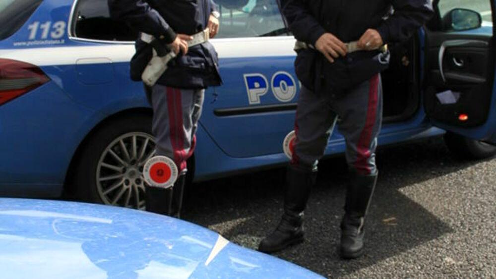 Assalto a un camion in zona San Paolo: autista minacciato con una pistola, sequestrato e poi liberato. Recuperati mezzo e carico